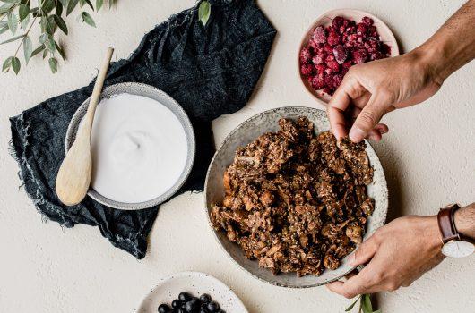 chocolate-granola